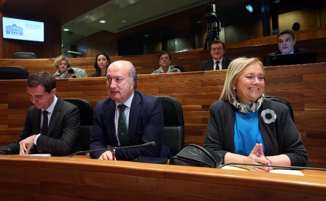 Fernández avisa a Génova del coste electoral de imponer una gestora en el PP de Asturias