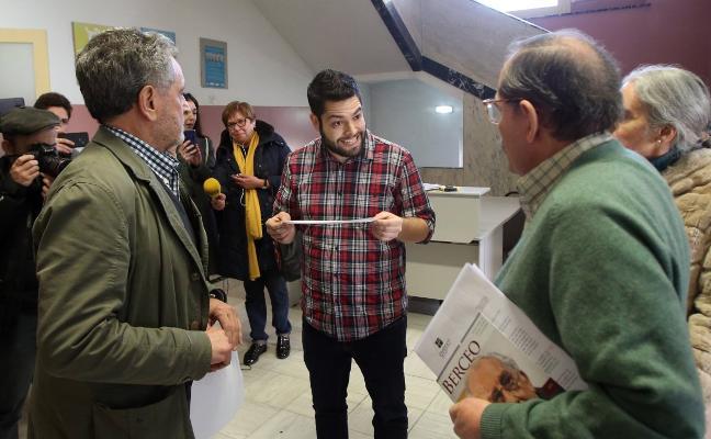 Rosón, dispuesto a volver a la Fundación Gustavo Bueno acompañado por la Policía