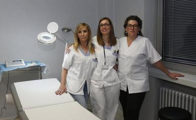 Cruz Roja abre la primera unidad de micropigmentación de areola y pezón de Asturias