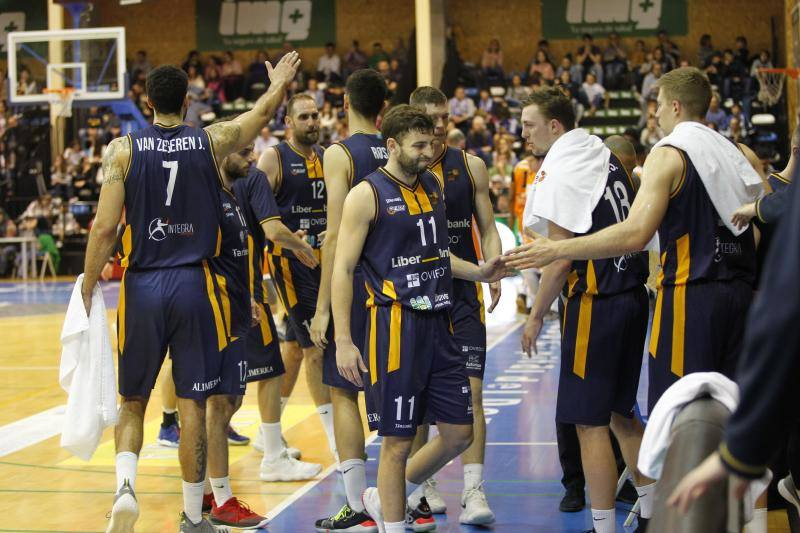 El Liberbank Oviedo Baloncesto logra imponerse al Sáenz Horeca Araberri