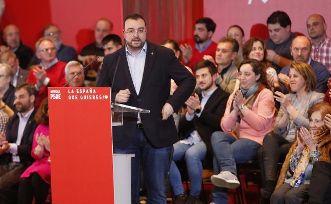 PSOE y Ciudadanos se lanzan a la batalla por el votante asturiano de centro