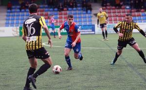 El Langreo pierde en Ganzábal más de tres meses después (0 - 2)