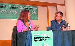 Montserrat Domínguez ve «absolutamente necesarias» las cuotas femeninas