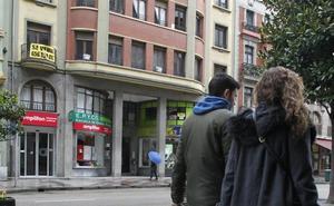 El Ayuntamiento, forzado por los tribunales, da luz verde a 191 viviendas turísticas de golpe