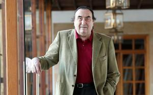 «Queremos que Asturias sea capital mundial del verso»