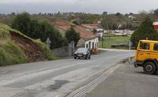 El vuelco de un coche en Vega-La Camocha se salda con una herida de 77 años