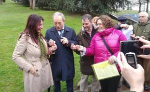 Los socialistas sellan una alianza electoral con Equo en Oviedo