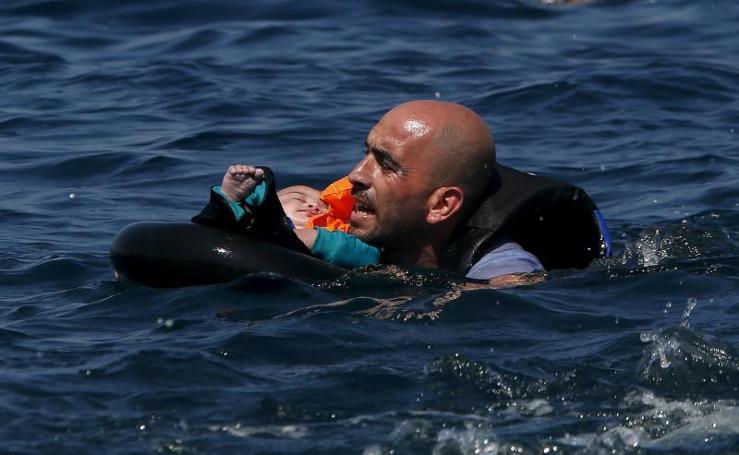 Los refugiados siguen llegando a Lesbos