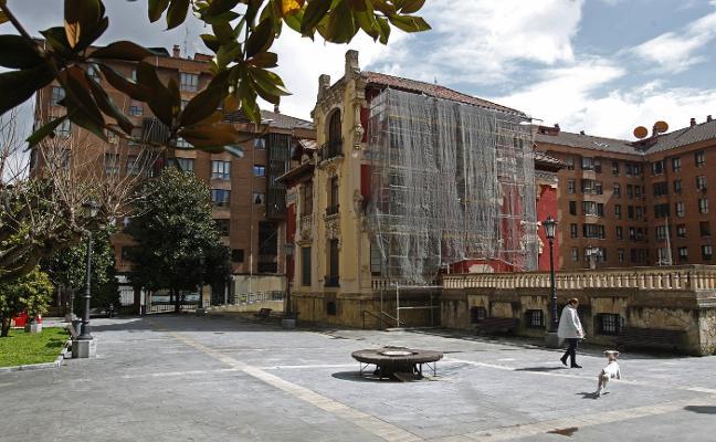 El alcalde de Oviedo advierte a Rosón de que «no tiene competencias» sobre el palacete Miñor