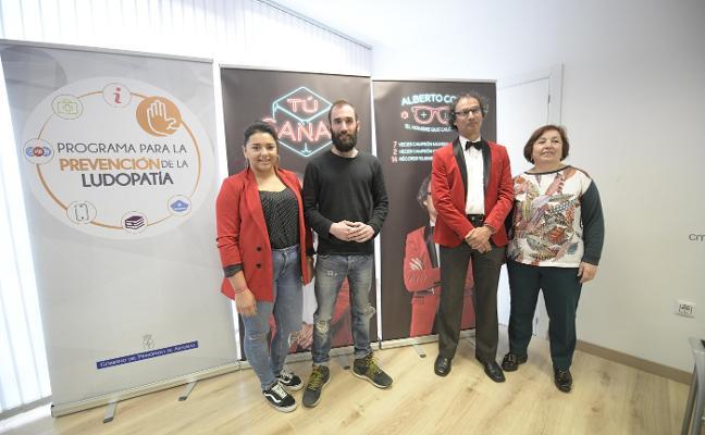 Alberto Coto: «En los juegos de azar no hay trucos ni atajos, la banca siempre gana»