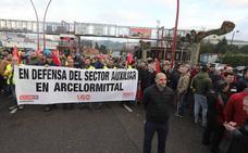 Los trabajadores de las auxiliares de Arcelor convocan paros de cuatro horas