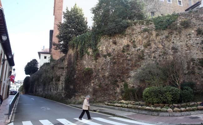 El equipo de gobierno de Oviedo aprueba por tercera vez el proyecto para rehabilitar la muralla