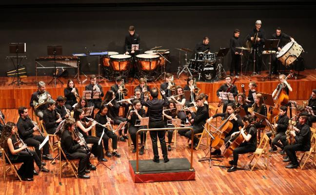 La Banda Sinfónica del Julián Orbón llena la Casa de Cultura