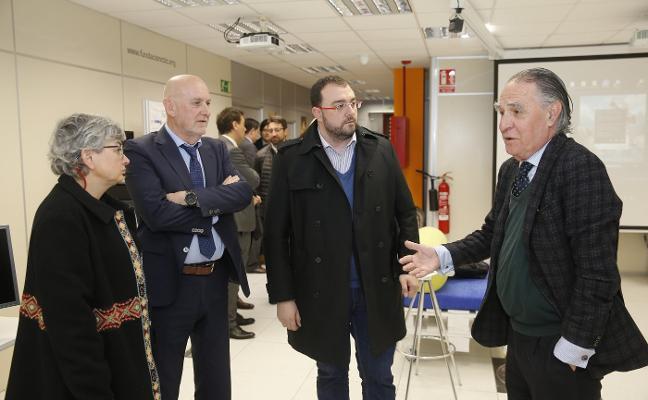 Adrián Barbón aboga por la innovación para frenar la crisis demográfica en Asturias