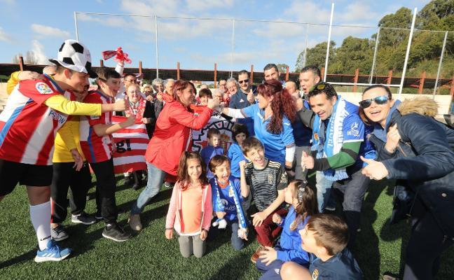 Derbi con buen rollo entre dos peñas del Sporting y del Oviedo de la comarca avilesina