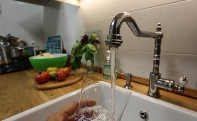 Más de un centenar de familias están exentas de pagar el agua