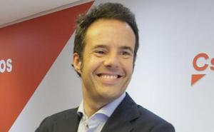 Ignacio Cuesta promete «poner Oviedo en marcha» en su presentación