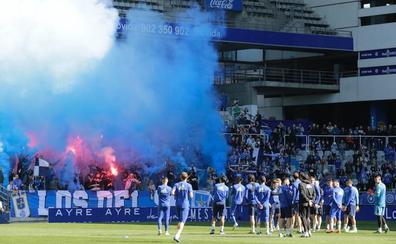 Dos mil oviedistas apoyan al equipo en el último entrenamiento antes del derbi