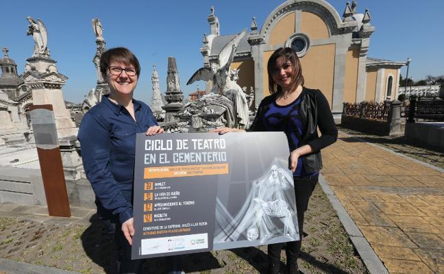 Teatro en el cementerio de La Carriona