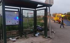 Un motorista herido grave tras salirse de la carretera en El Infanzón