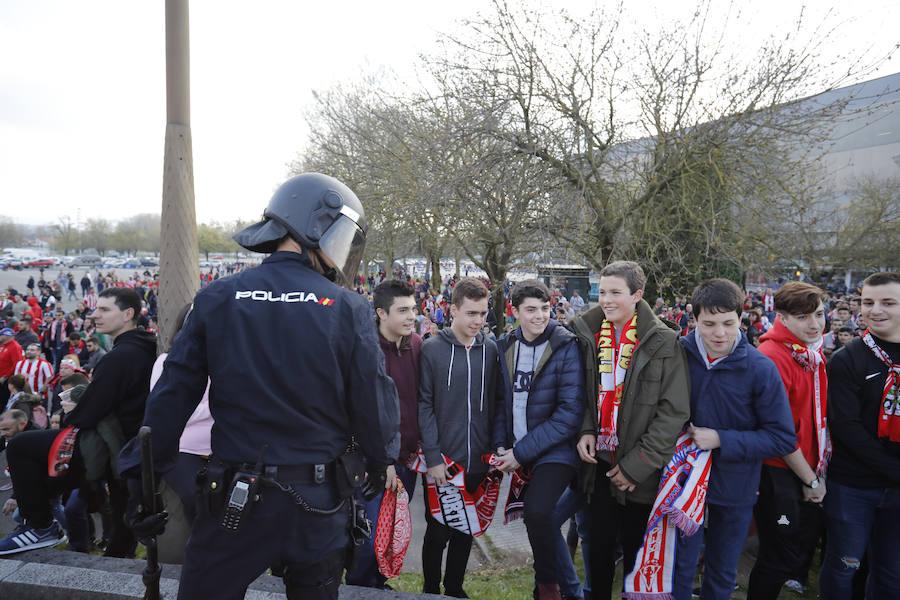 ¿Estuviste en el derbi Sporting 1-0 Real Oviedo? ¡Búscate en El Molinón! (2)
