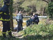 Encuentran un cadáver en el río en Cangas del Narcea