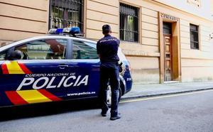 La Policía de Oviedo detiene a un mensajero por robar relojes por valor de 15.000 euros