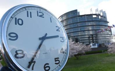La Eurocámara quiere retrasar hasta 2021 la eliminación del cambio de hora