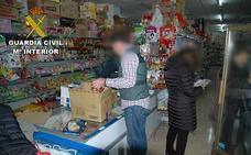 La Guardia Civil interviene una tonelada de productos alimenticios a la venta y no aptos para consumo