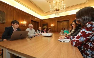 Salud presenta un proyecto piloto de sensibilización bucodental infantil en el Área III