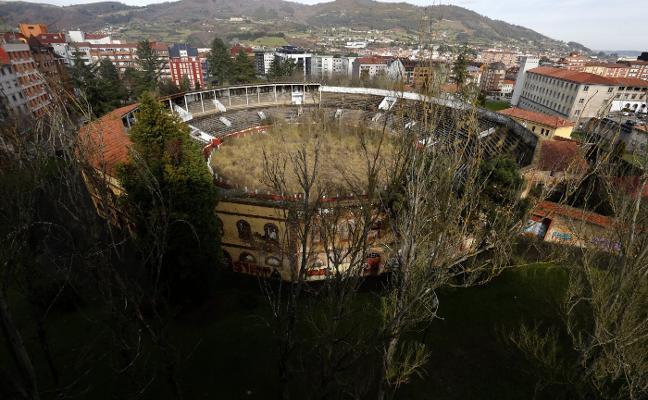 Patrimonio urge al Principado agilizar los trámites para recuperar la plaza de toros