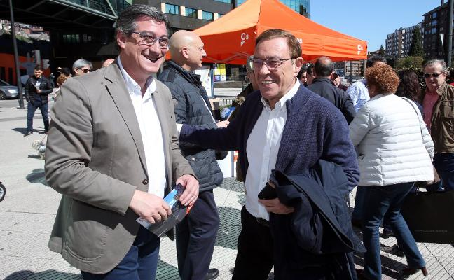 Vázquez insta a Barbón a que aclare si está dispuesto a pactar con Ciudadanos