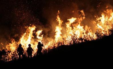 Condenados a dos años y medio de cárcel los acusados de provocar un fuego en Parres que calcinó 428 hectáreas