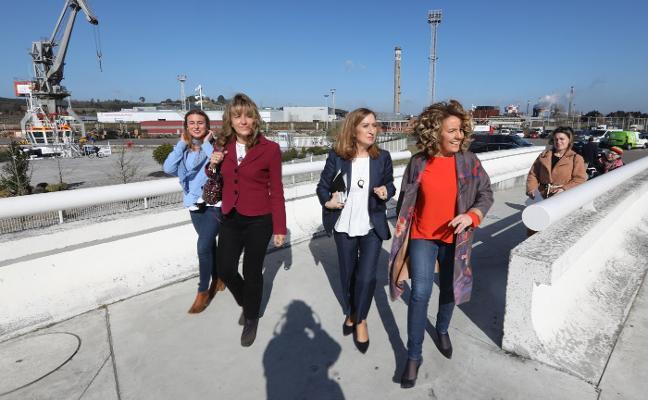 Ana Pastor se declara «feminista» en Asturias