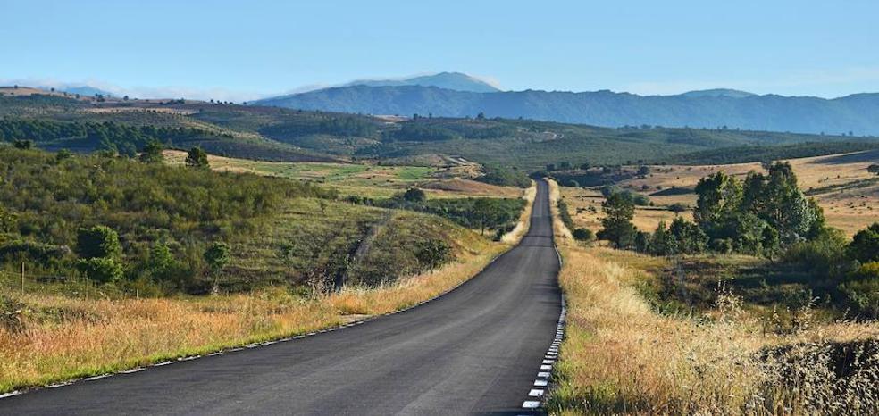 El Gobierno promete banda ancha y ayudas al empleo a la España despoblada
