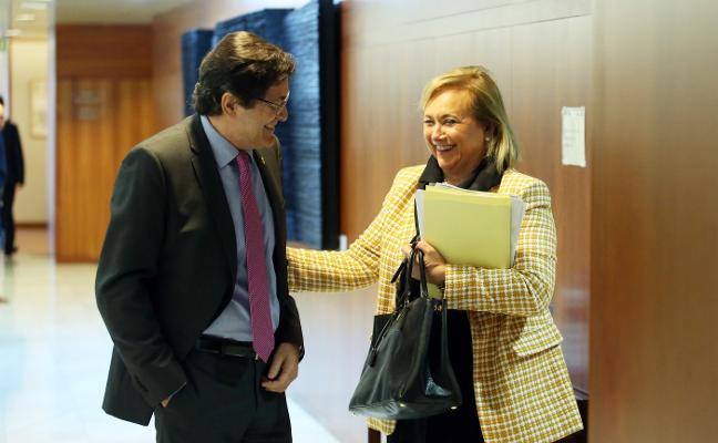 La presidenta del PP desvela que ofreció al PSOE un gobierno de coalición
