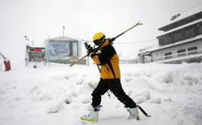 El Principado regulará el esquí para frenar las actitudes temerarias