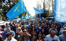 Pescadores asturianos y gallegos claman en Oviedo por un «reparto justo» de la xarda