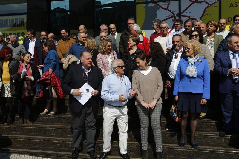 Foro celebra la convención de candidatos del partido en Oviedo