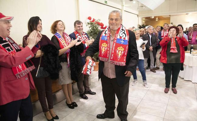 Homenaje sorpresa al 'Ulises de Gijón'