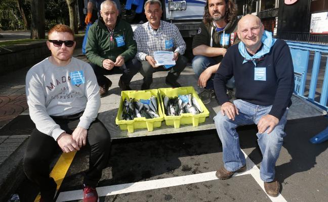 Respaldo unánime de los partidos políticos al sector pesquero en la concentración