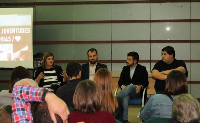 El PSOE prepara en Villamayor a sus juventudes de cara a las elecciones