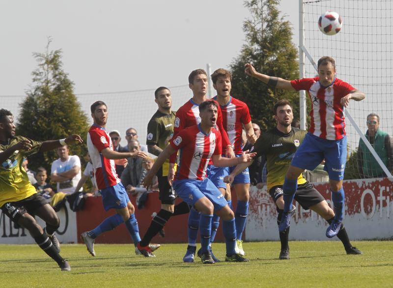 Sporting B 2 - 0 Langreo, en imágenes