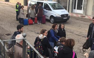La avería de un tren de mercancías obliga a trasbordar a 550 pasajeros de dos Alvia