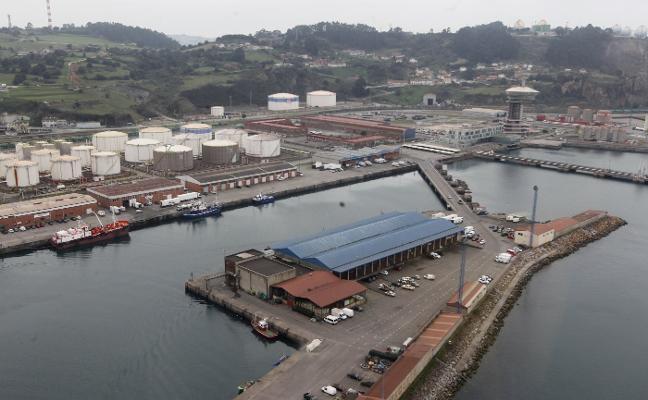 El plan de usos de El Musel reduce la superficie destinada al sector pesquero