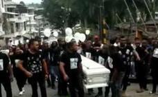 Vídeo: impresionante despedida a Jannier Valois Palacios, el camarero de Gijón asesinado en Colombia