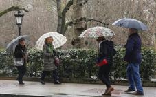 La primavera da marcha atrás en Asturias y llega la lluvia y el frío invernal