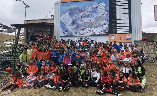 180 jóvenes participan en el trofeo interclubes de Valgrande-Pajares