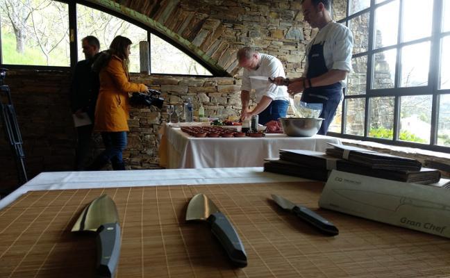 Taramundi profesionaliza sus cuchillos de cocina ecológicos