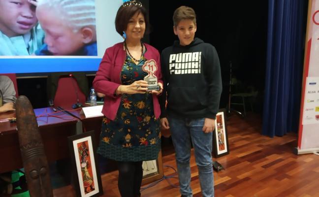 La escritora Ana Alcolea participa en los encuentros del Foro Comunicación